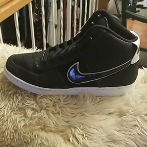 Men's size 11.5 Nike Air Old School High Tops